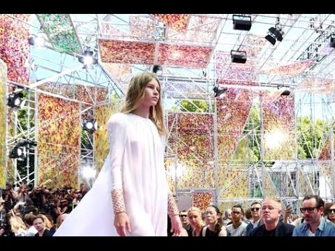 Christian Dior | Haute Couture Fall Winter 2015/2016 Full Show | Exclusive