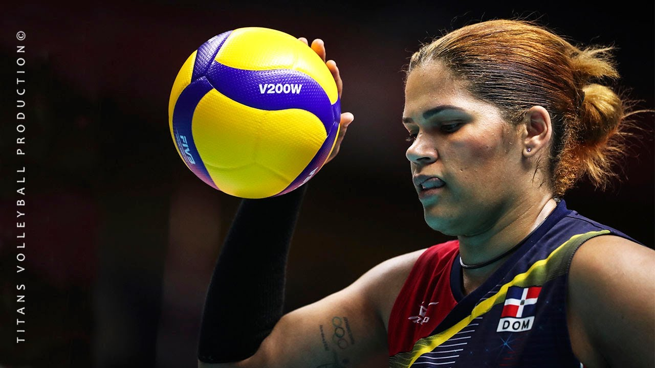 Crazy Volleyball skills by Prisilla Rivera Brens - Size doesn't matter | Women's Volleyball 2019