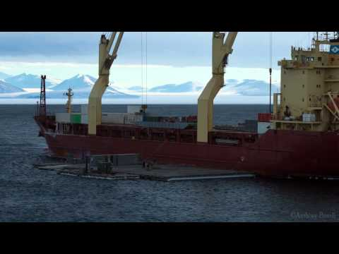 Antarctica Ship Offload Time-Lapse 2012