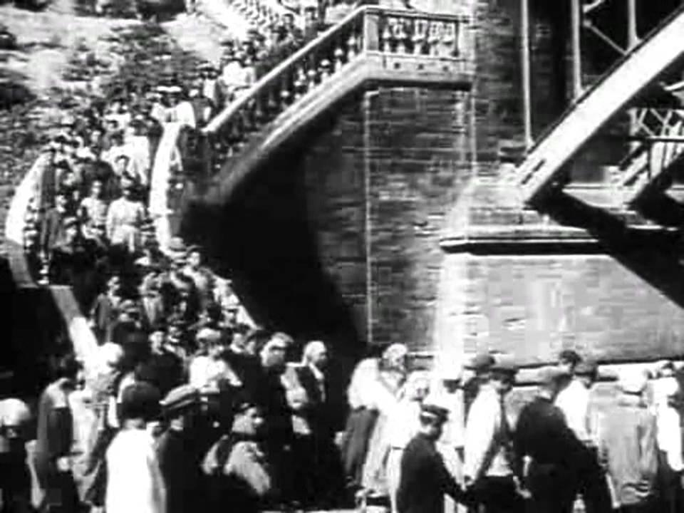 """画像: [日本語字幕]『戦艦ポチョムキン』(1925) """"Battleship Potemkin"""" youtu.be"""