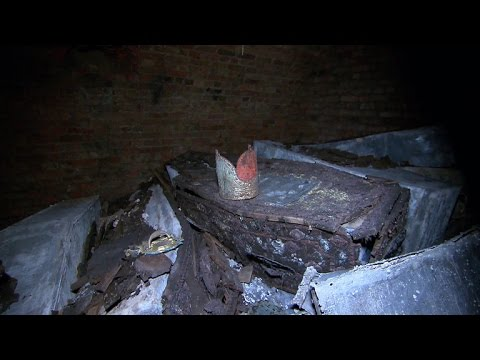 Centuries-old tombs discovered