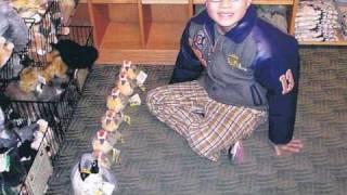 100人に1人生まれてくると言われる自閉症の1人の青年の記録.