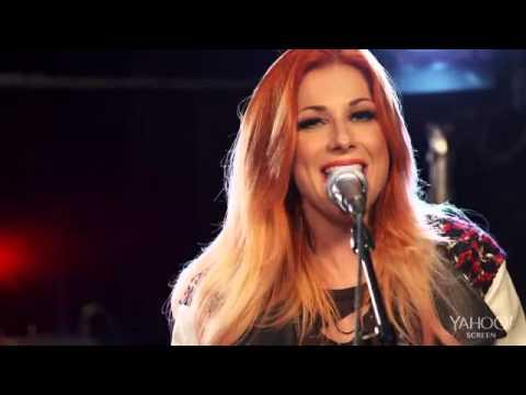 Bonnie Mckee ''Medley'' Live @Yahoo