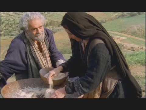 Saint Pierre, le film  Extrait 2 : Marie raconte la naissance de Jésus
