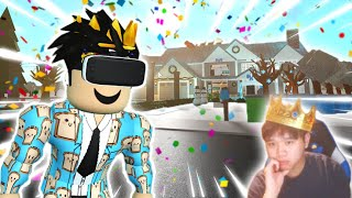 I tried playing BLOXBURG BUT IN VR... oh yeah facecam back