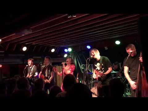 Skinny Lister - Cathy (live)
