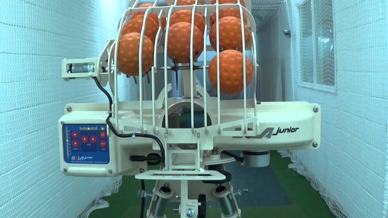BOLA 'Junior' Bowling Machine Assembly & Operation - YouTube