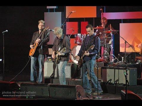 All-Star Tribute Band  - American Woman (Live) @ John W. H. Bassett Theatre, Toronto, ON Feb. 8 2005