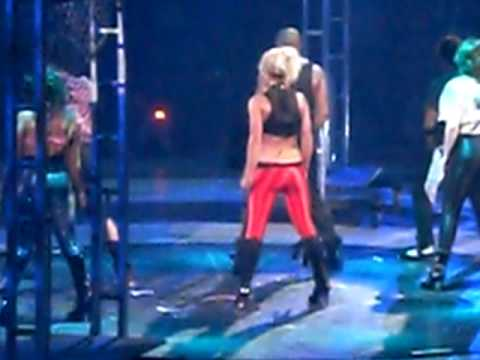 """Toxic"" Live At MSG : 8/25/09"
