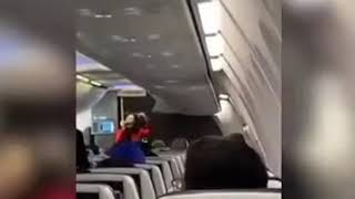 Southwestairlines flight attedant #adele  entertainer passengers by rapping