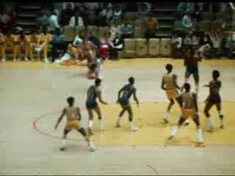Los Angeles Lakers vs. Golden State Warriors-10/18/74
