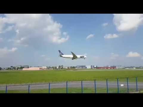 LIVE Warsaw Chopin Airport