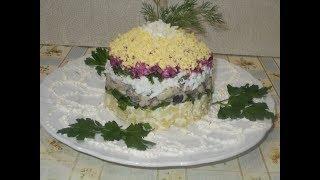 """селедка под шубой """"башня"""" с яйцом и зеленым луком"""