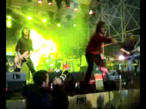 Dufresne - Readymade Complaints (live @ Rock the Spot 2007)