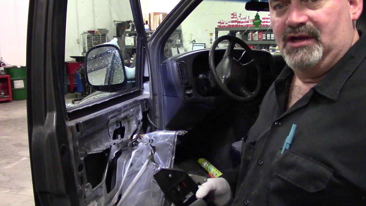 Chevrolet Express Gmc Savanna Inside Door Handle Replace Youtube