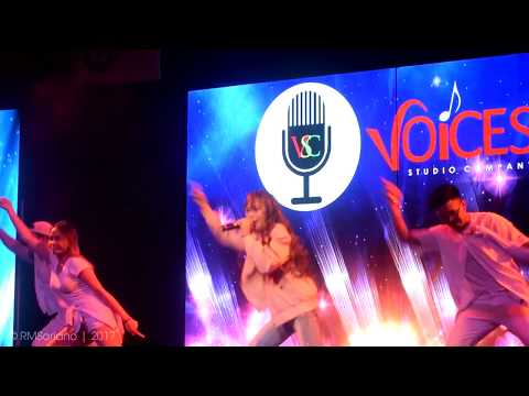 AC Bonifacio sings
