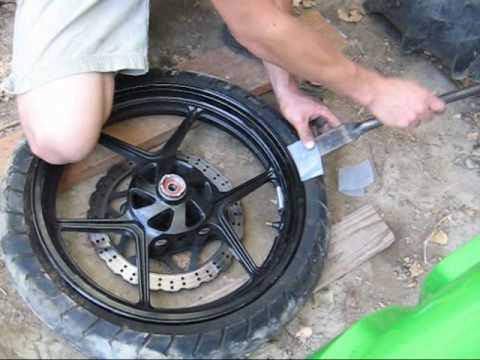 Motorcycle tire changing tools