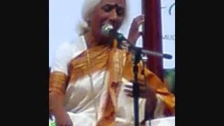 Dr. Prabha Atre Away some (live) - Kajari ghir ke aayee.wmv