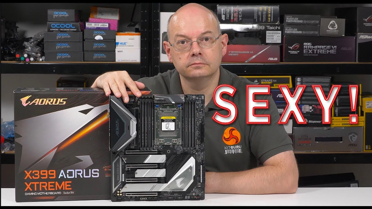 Gigabyte X399 AORUS EXTREME Preview / Unboxing