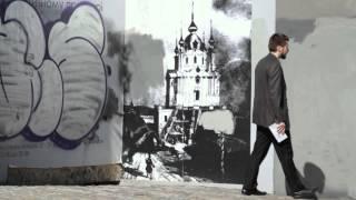 Сообщения с дополненной реальностью на стене дома в Киеве(Создать свое сообщение с дополненной реальностью на стене можно здесь http://minuteoflife.com В наше время простыми..., 2015-09-11T14:14:53.000Z)