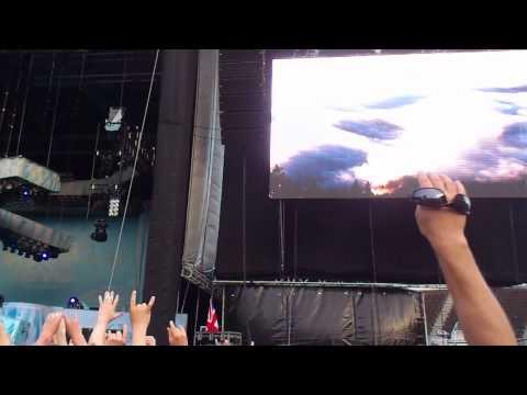Iron Maiden - Intro (Olympic Stadium, Helsinki, 20.07.2013)