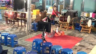 복분자 품바, 누워서 색소폰을 연주하는 신공 10월6일…