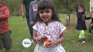 Ahmadi Muslims enjoy Apple Orchard harvest
