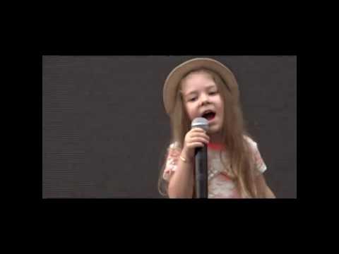 Maria Nicole la 4 ani - Eu Voi Canta - Cover