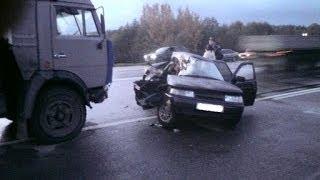 Car Crash Compilation MARCH 2014 - Crazy Russian Drivers