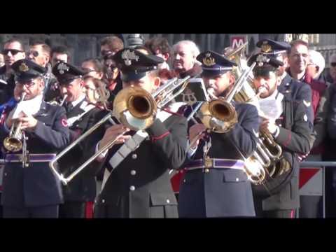 Immagini, Milano: La Festa Delle Forze Armate A Piazza Duomo
