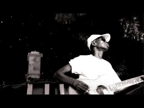 Tidiane Thiam - Dannibe (from the album 'Siftorde')