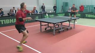 Теннис, феерическое шоу или цирк? М.Шмырев против В.Самсонова в Newton Arena (Москва)