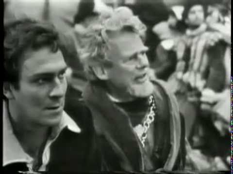 Hamlet  Plummer, Caine and Sutherland at Elsinore