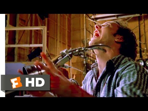 Wes Craven's New Nightmare (1994) - Animatronic Bloodbath Scene (1/10) | Movieclips