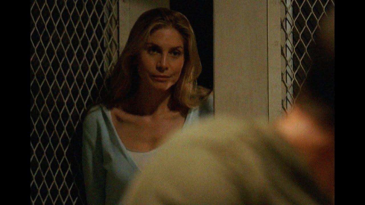 Download Juliet Burke - 55 - Juliet interrupts Jack and Kate moment - LOST