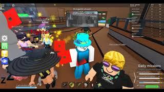 I leader dell'equipaggio giocano ai minigiochi epici (Roblox)