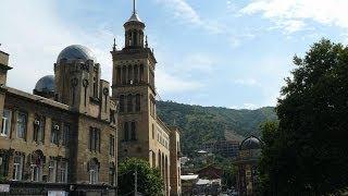 #852. Тбилиси (Грузия) (отличные фото)(Самые красивые и большие города мира. Лучшие достопримечательности крупнейших мегаполисов. Великолепные..., 2014-07-03T18:03:26.000Z)