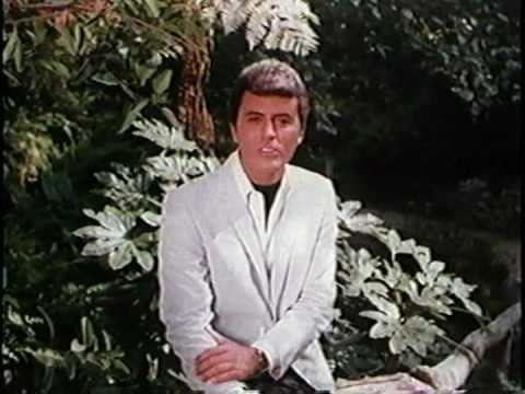 JAMES DARREN  - BECAUSE YOU'RE MINE Scopitone