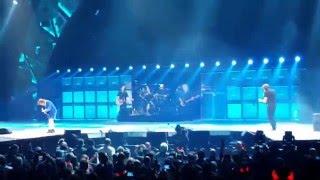 ACDC - Thunder Struck- Chicago-02/17/16- Full HD