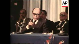Middle East: Sadat's Visit to Israel (B)