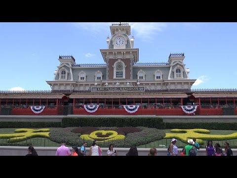 MouseSteps Weekly #152 Magic Kingdom; Joffrey's Tea Traders; Disneyland, Swimming w/ Manatees