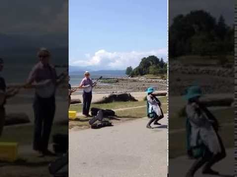 Ms Locavoracious: The Dancing Lady of Vancouver