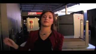 Demi Lovato - Backstage Burnin Up Tour Jonas Brothers