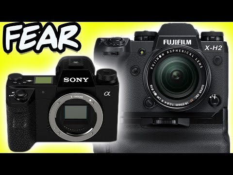 Sony Delays Pathetic A7000 To Crush Fuji XT3 and Looming XH2 - YouTube