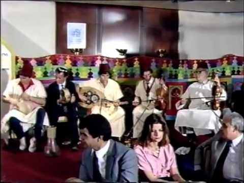 Jewish girls singing Moroccan in Israel - פיוטים ושירה מרוקאים