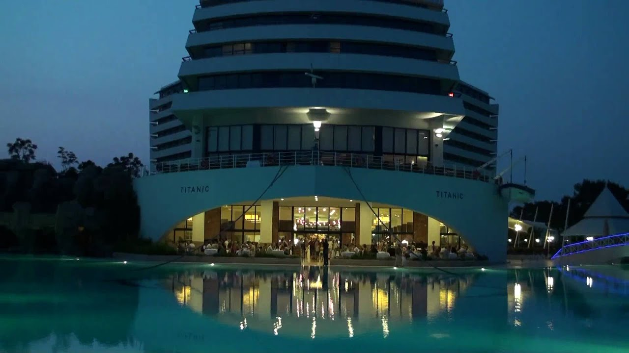 Antalya Hotel Titanic Beach Resort