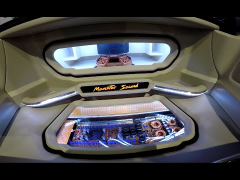 Crescendo Audio Sound Quality Demo Car