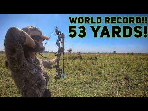 Sarah Shoots World Record Waterbuck At 53 Yards! Bowhunting Free Range Africa   Bowmar Bowhunting  