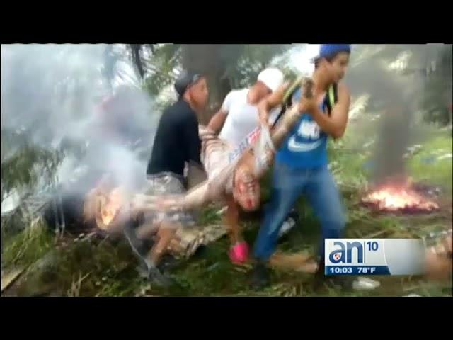 Las impactantes imágenes del avión Boeing 737, tras estrellarse dejando más de 100 muertos