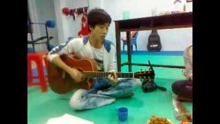 Cơn mưa ngang qua acoustic - Tony Việt